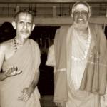 Dvaitha - Advaitha Sri Sri Swamiji with Kanchi Shankaracharya Sri Jayendra Saraswathi