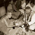 Sri Yashwanth Sinha, taking blessing from Sri Sri. Sri V.S.Acharya aslo seen