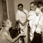 Sri Narayana Murthy, co-founder, Infosys - seeking blessings from Sri Sri Swamiji