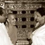 Smt Ramadevi visiting Udupi SriKrishna Temple. Sri V.Dhananjaya Kumar also seen