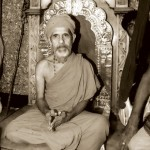 On Sarvajna Simhasana at the time of Paryaya