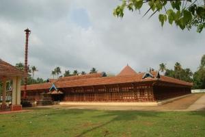 Lakshmanaperumal Temple, Thirumoozhikkulam(Moozhikkulam)
