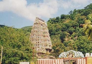 Sri Sundararaja Perumal (Kallazhagar) Temple, Pazhamudircholai - Azhagar Koil